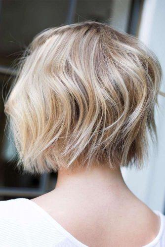 Messy Bob Hairstyles Blonde Highlights #shorthair #shorthairstyles #bobhairstyles #pixiehairstyles #blondehighlights