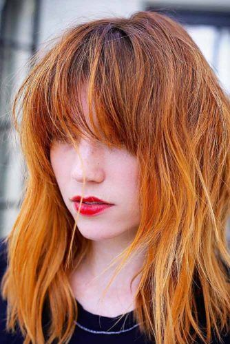 Messy Layered Hairstyles With Bangs #mediumlengthhairstyles #mediumhair #layeredhair #hairstyles