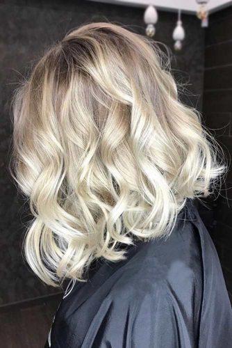 Platinum Wavy Blonde #bob #wavyhair #balayage