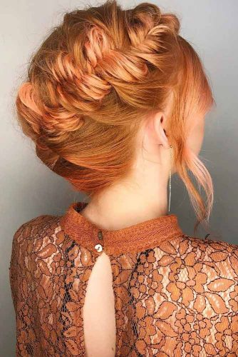 Pretty Medium Hairstyles for Valentines Day picture1
