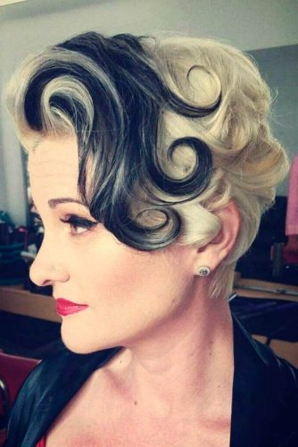 Retro Curly Style #retrohairstyle #curlyhair