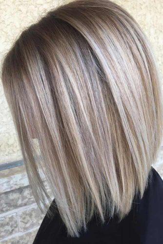 Shiny Platinum A-Line Bob #bobhaircut #blondehighlights #platinumblonde