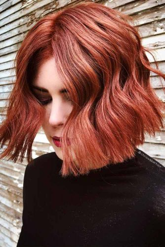 Short Bob With Middle Haircut #shortbobhairstyles #bobhairstyles #hairstyles #wavyhair #auburncolor