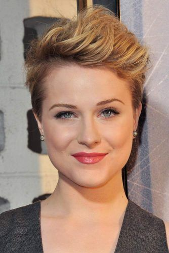 Short Dramatic Pixie #pixiecut #haircuts #shortpixie