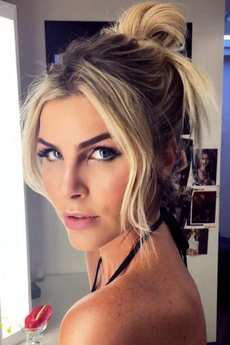 Shoulder Length Hairstyles With Top Knot picture1