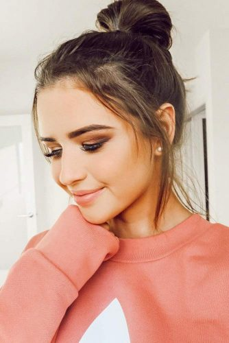 Shoulder Length Hairstyles With Top Knot picture2