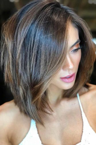 Side Parted Straight Layered Bob #shoulderlengthbob #bobhairstyles #hairstyles #mediumhairstyles #straighthair