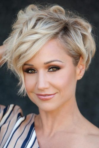 Side Swept Pixie Hairstyles picture3