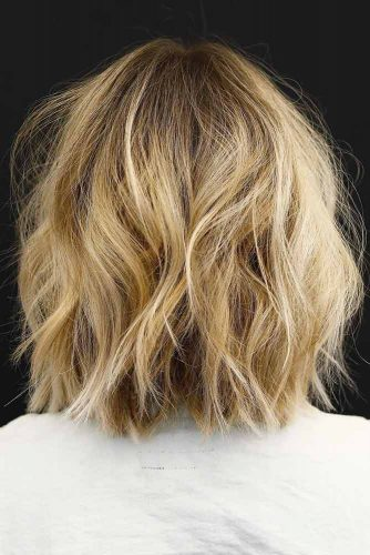 Simple Yet Chic Shoulder Length Haircut #shaghairstyles #shaghaircuts #mediumlength #hairstyles #sandybalayage