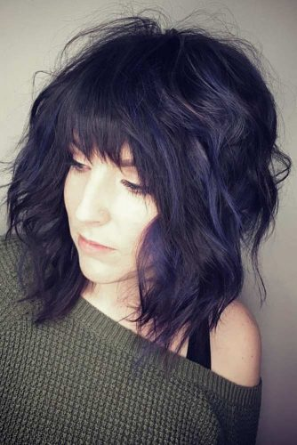 Stylish Ideas for Medium Hair with Bangs picture 3