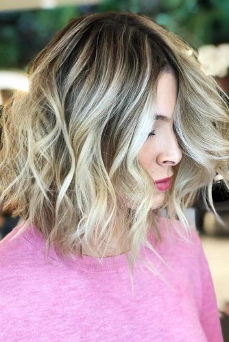 Stylish Layered Hairstyles for Shoulder Lenght Hair picture 2