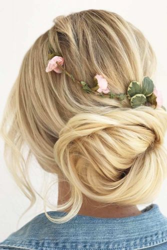 Super Cute Bun Hairstyles picture 3