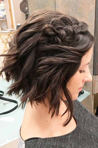Trendy Short Hairstyles for Stylish Look picture 2