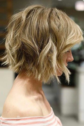 Trendy Textured Haircut for Your Wavy Hair picture 3