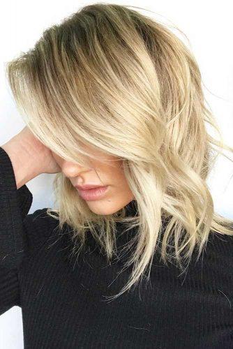 Wavy Ashy Blonde #blondehair #layeredhair #bob