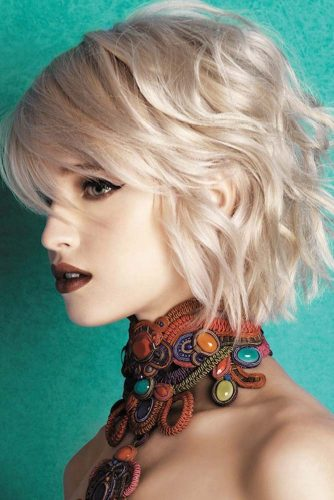Wavy Bob Hairstyles Blonde Color