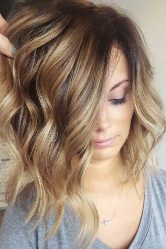 Hairstyle With Swoopy Layers