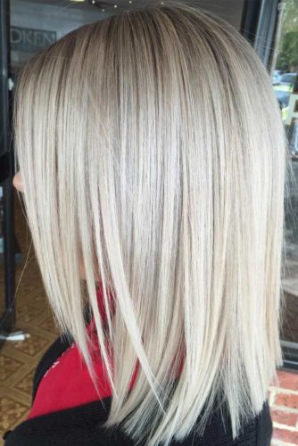Shoulder-Length Layered Lob #layeredlob #blondehaircolor