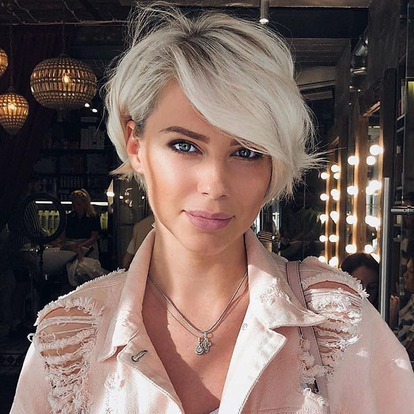 Pixie-Bob-Haircut New Pixie Haircut Ideas in 2019