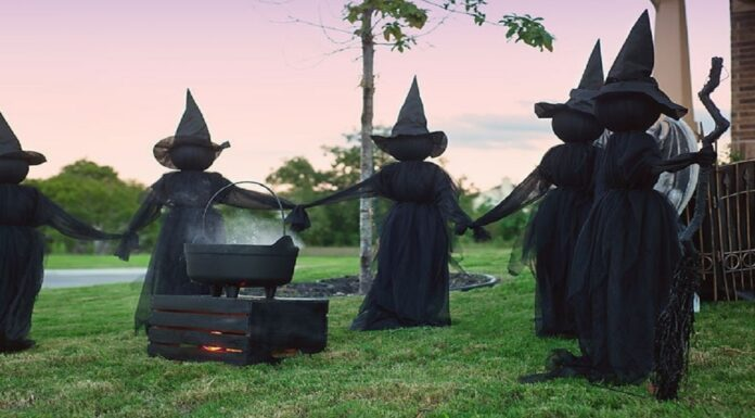 Make-Your-Own-Outdoor-Witches