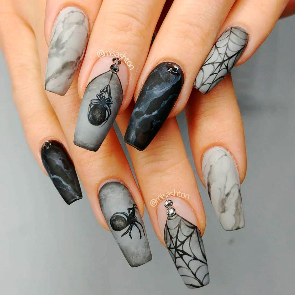 Amazing spider web Halloween nails