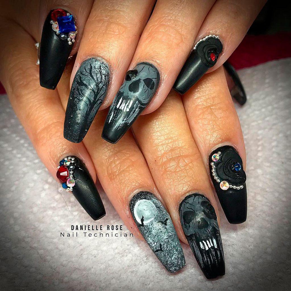 Creepy Black Halloween Nails!