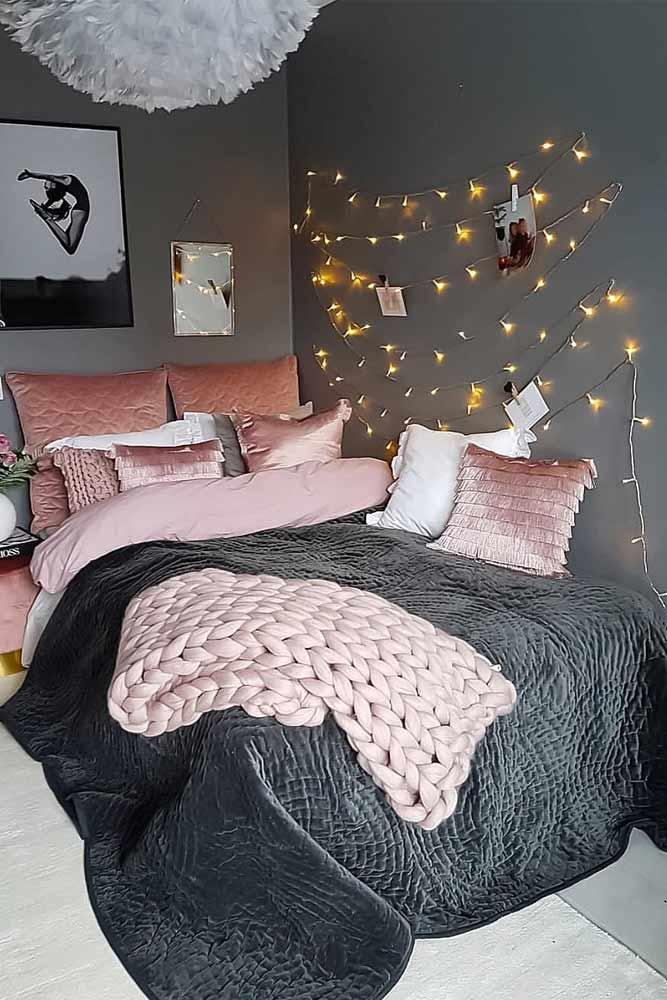 Girly Bedroom Decor With String Lights #girlybedroom #teenbedroom