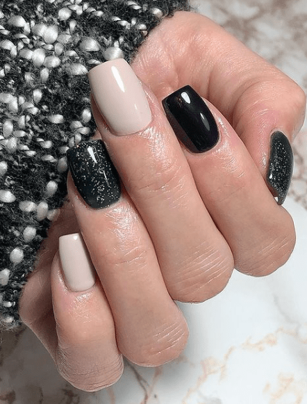 black and silver winter nails