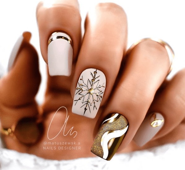 gold winter nails designs for holidays