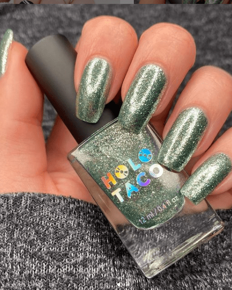 shimmer green winter nail colors