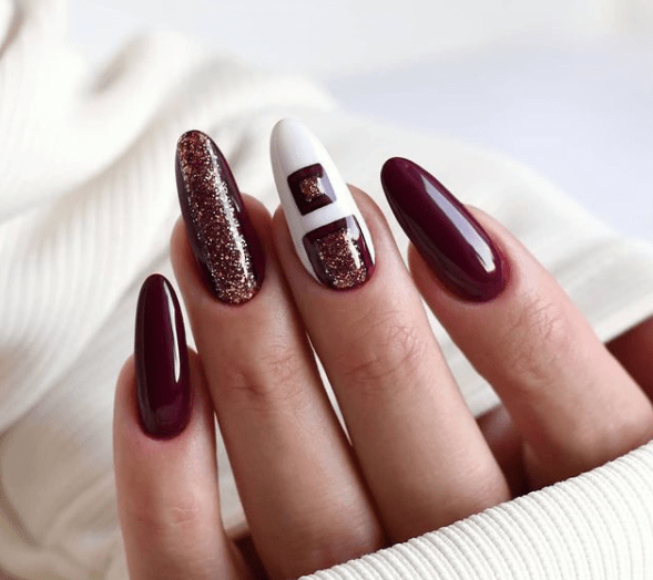 warm red christmas nail designs