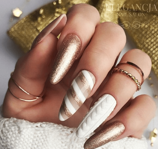 white and gold nail designs for christmas